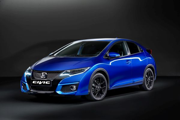 2015-Honda-Civic-Hatchback-FI
