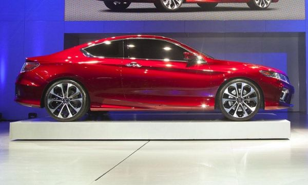 2016 honda civic coupe si price specs release date. Black Bedroom Furniture Sets. Home Design Ideas