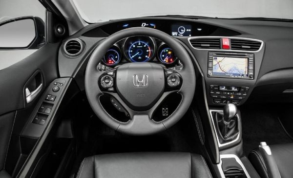 2016 - Honda Civic Hybrid  Interior