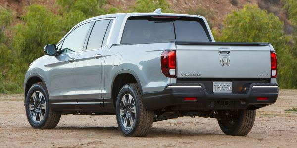 2017 Honda Ridgeline - Rear View