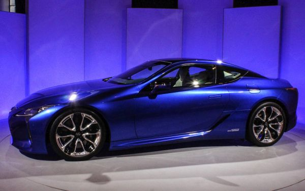 Lexus LC 500h - Side View
