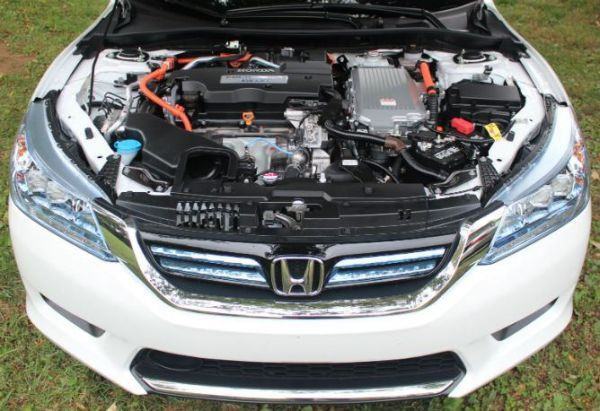 Honda Accord Hybrid 2015 - Engine