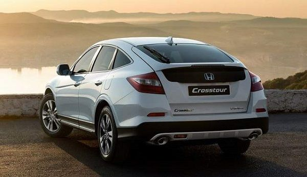 2017 Honda Crosstour - Rear View